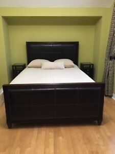 DECORIUM QUEEN SIZE BED ROOM SET DARK WOOD