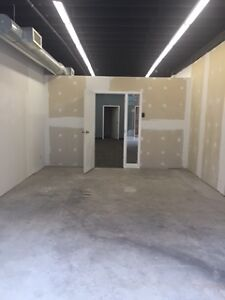850 SQ. FT. INDOOR HEATED STORAGE Cambridge Kitchener Area image 3