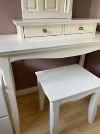 Dressing table - white