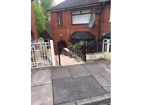 ***TO LET***2 BEDROOM PROPERTY-JOANHURST CRESENT-ETRURIA-LOW RENT-NO DEPOSIT-DSS ACCEPTED