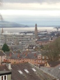 FOR LET - 1 BEDROOM FLAT WITH RIVER VIEWS, DENHOLM GARDENS, GREENOCK