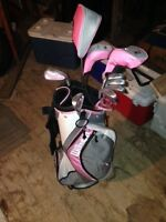 NEW! WILSON HOPE Womens Golf Club Set and bag