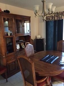SKLAR Dining Table, Chairs & Hutch Peterborough Peterborough Area image 4