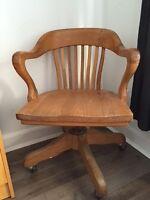 Chaise antique vintage bois