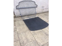 VW Touran (2010- ) Travall Dog Guard and Tailored rubber boot mat