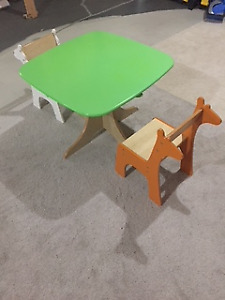 Pkolinos Baby Chairs and Table