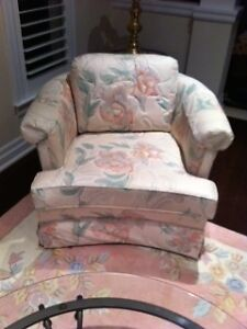 Floral Couch and two chairs