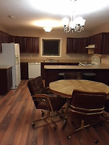 3 BEDROOM APARTMENT FOR RENT IN NITON JUNCTION