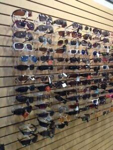 Lot de 400 lunettes soleil
