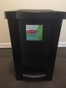 GARBAGE/ WASTE CANS /COMPOST BINS