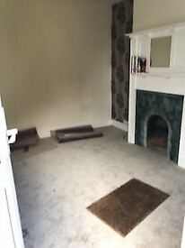 2 BEDROOM TERRACED HOUSE IN CROYDON - AVAILABLE NOW