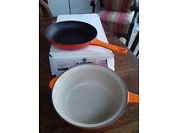 1.8L or 3 1/4 Pts orange le Creuset Multi funcion sauce pan.