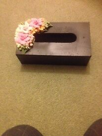 Black tissue box with lovely flowers, very pretty