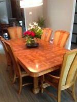 Dining Room Set - Table, Buffet & Hutch 6 chairs