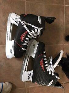 Hockey skates size 9