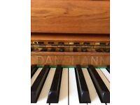 Upright Piano Danemann