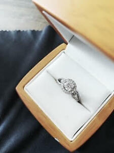 c41ac0a83 Canadian Diamond Engagement Ring | Buy New & Used Goods Near You ...