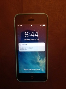IPhone5C in mind condition.  Virgin/Bell