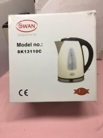 Swan Electric Jug Kettle and Matching Toaster