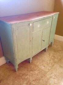 Pretty sideboard