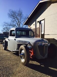 1951 FORD TRUCK