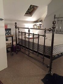 Loft Room to Rent in Central Dorking