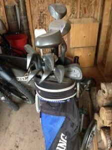 Golf Clubs - LH/metal with metal drivers