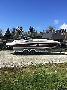 Sea Ray 220 Sundeck 2007 - $37000 (langley)