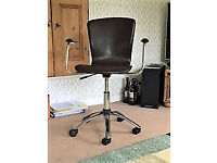 Height Adjustable Office/Computer chair