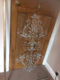 Victorian etched bath screen
