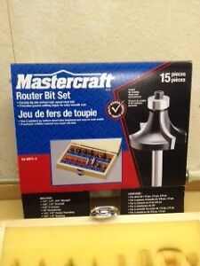 ROUTER BIT SET, 15 pieces in wood chest Kitchener / Waterloo Kitchener Area image 1