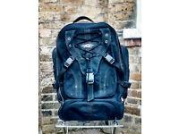 Oakley 85 Litre + Backpack