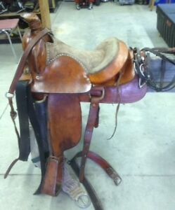 Ladies 15 inch Western saddle