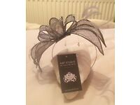 Fascinator grey / silver NEW BOXED £16