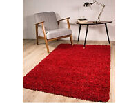 Red fluffy carpet only £20 in very good condition