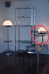Étagère, table et lampe sur pied vintage (chrome)
