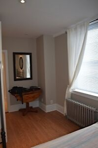 1 bedroom (3 available) - $850 Little Italy/Civic Hospital area