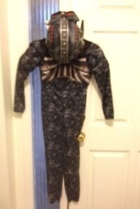 Youth costume