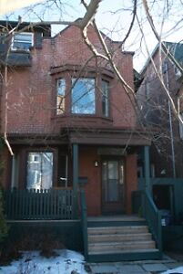 Roncesvalles - large one bed basement apartment
