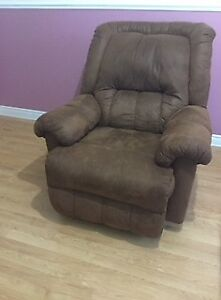 recliner/ couch for sale.