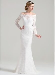 Wedding Dress (New) with veil OR fascinator