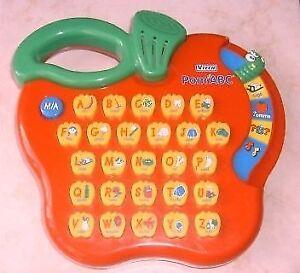 Jeu pour apprendre l'alphabet  POMME V-TECH INTERACTIF