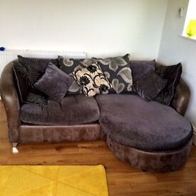 Settee unit and 2-seater love seat - pre-owned