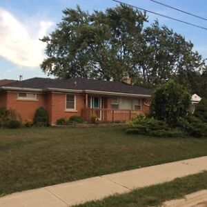 Stoney Creek 4 bedroom-2 bath(Hwy 8 near Green Road) Avail Oct 1