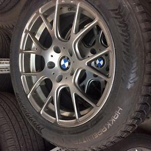 Super occasion pneus d'hiver Nokian pour BMW 528i et jantes BMW