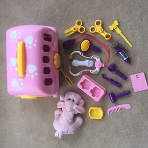 *Like new* veterinarian toy kit w/ pink plush puppy