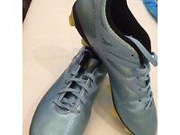 Adidas football boots 7.5