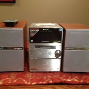 Panasonic 5 DVD/CD Changer Stereo System SA-PM39D (BRAND NEW)