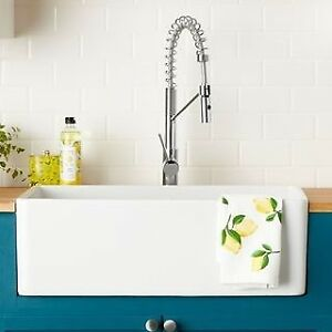 Farmhouse Fireclay Apron Sink