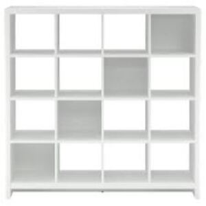 LOOKING FOR WHITE CUBE SHELVING
